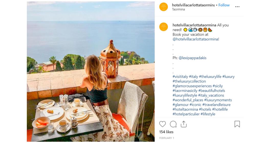 Hôtel post instagram facebook